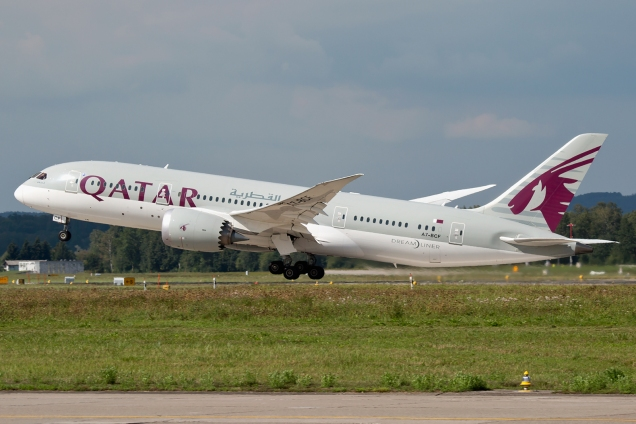 Boeing 787-8 Dreamliner - Qatar Airways - A7-BCF - Zurich ZRH/LSZH 20.08.2015 - Photo: Remo Garone