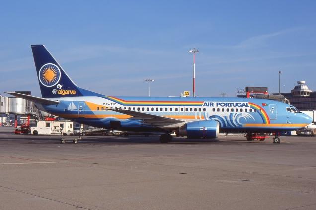 Boeing 737-300 - TAP Portugal - CS-TIC - Genève GVA/LSGG Janvier 1998 - Photo copyright: Gilles Brion