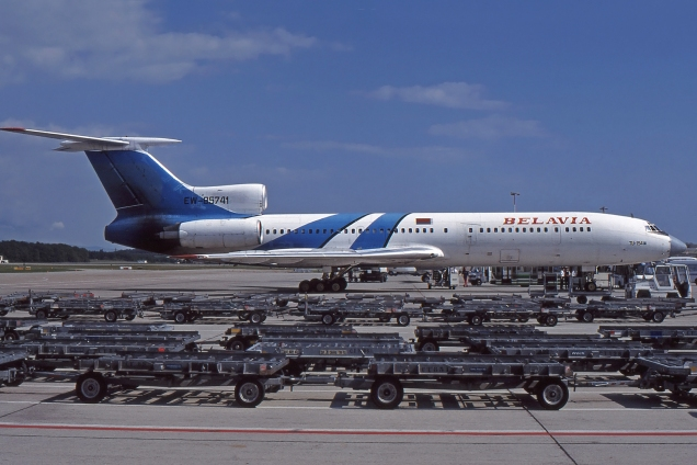 Tupolev 154M - Belavia - EW-85741 - Genève GVA/LSGG Septembre 1999 - Photo copyright: Gilles Brion