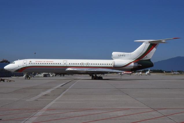 Tupolev 154M - Bulgaria Government - LZ-BTZ - Genève GVA/LSGG Juin 2000 - Photo copyright: Gilles Brion