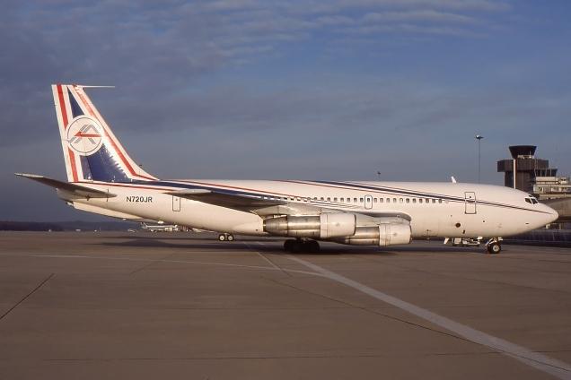 Boeing 720 - N720JR - Genève GVA/LSGG Décembre 1997 - Photo copyright: Gilles Brion
