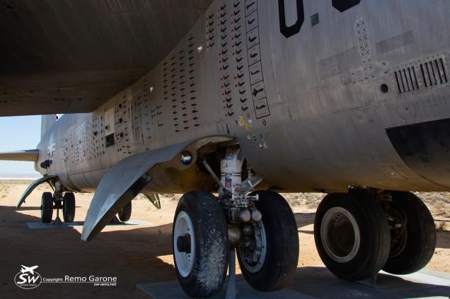 US Air Force - NB-52B - 52-0008 - EDW/KEDW Edwards AFB (CA - USA) June 18th 2013 - Copyright: Remo Garone